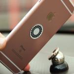 Selfie tyč s tlačítkem nebo magnetický držák na mobil do auta
